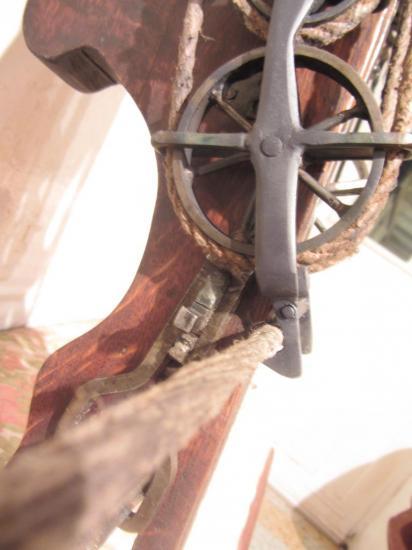 """Moufle à """"roues de charette"""" 280€"""